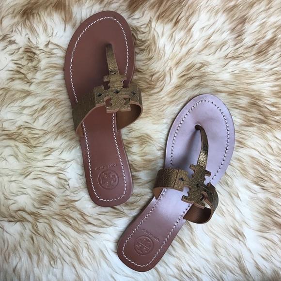 3e56a2e3f006ae Tory Burch Moore Thong Sandal Bronze Logo Size 7